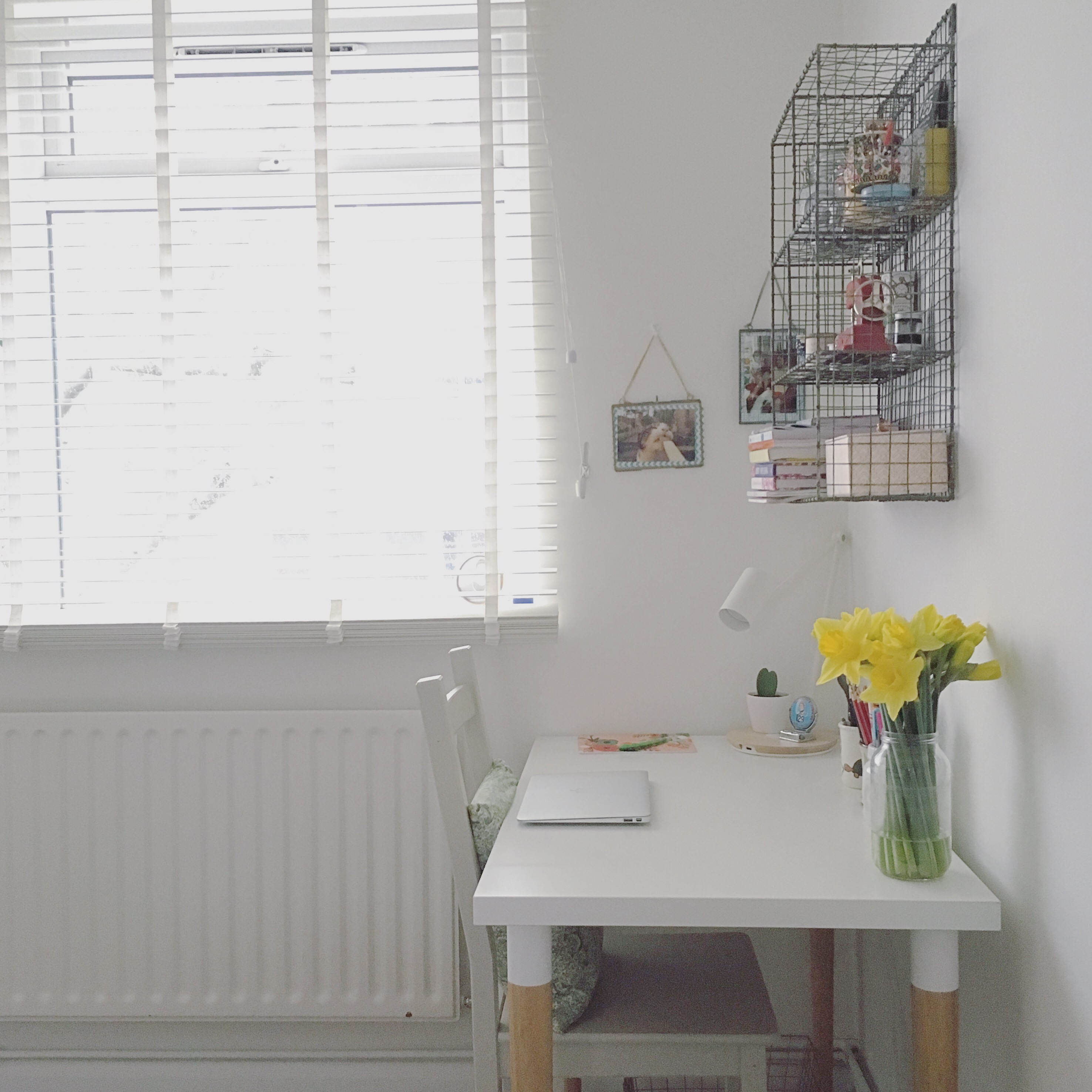 Sewing Room Designs: Small Sewing Space Ideas